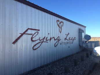 flying-leap-vineyards-sonoita