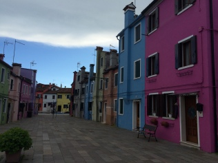 venice-burano-colorful-house