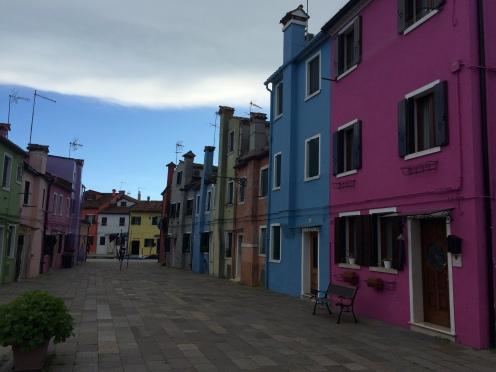 venice-burano-colorful-house