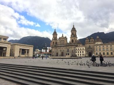 plaza-de-bolivar-bogota-colombia