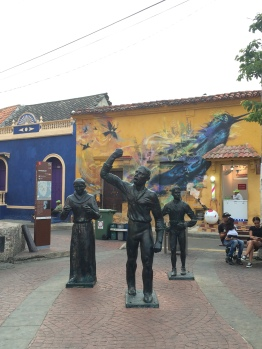 Cartagena_columbia_getsemani_sculpture