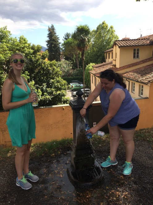Lucca_Italy_bike_riding_water