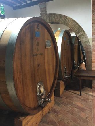Tuscany_Italy_wine_tour_barrels