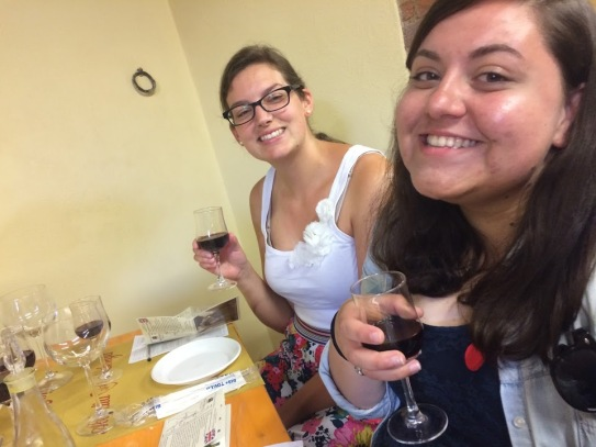 Tuscany_Italy_wine_tour_wine_tasting