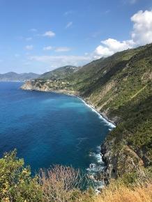 Cinque_terre_italy_manarola_view_hike_to_corniglia