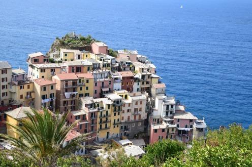 Cinque_terre_italy_manarola_view_ocean