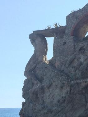 Cinque_terre_italy_monterosso_giant