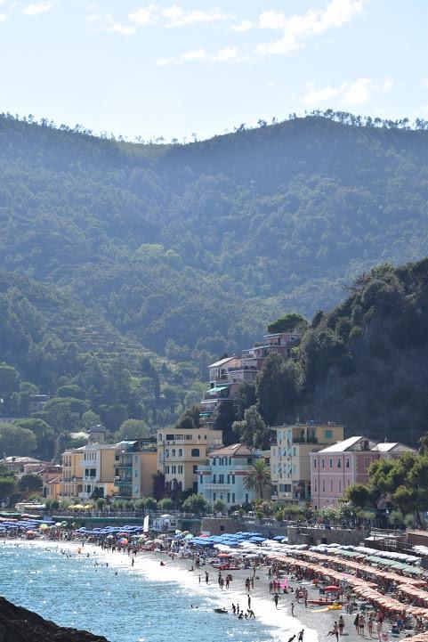 Cinque_terre_italy_monterosso_view