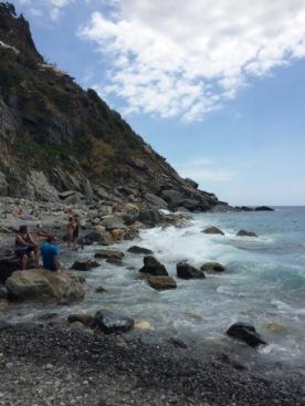 Cinque_terre_italy_vernazza_secret_beach