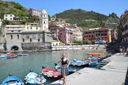 Cinque_terre_italy_vernazza_waterfront