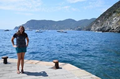 Cinque_terre_italy_vernazza_waterfront_megan