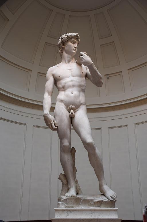 Florence_Italy_michealangelos_david_galleria_dell_academia