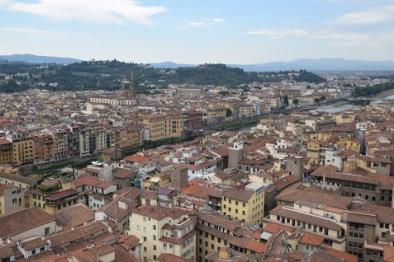 Florence_Italy_Palazzo_vecchio_tower_view_ponte_vecchio