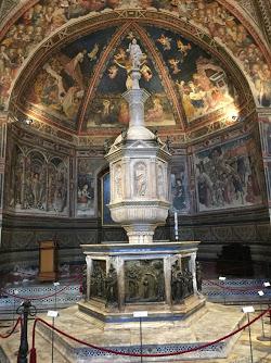 Siena_Italy_baptistry_baptismal_font