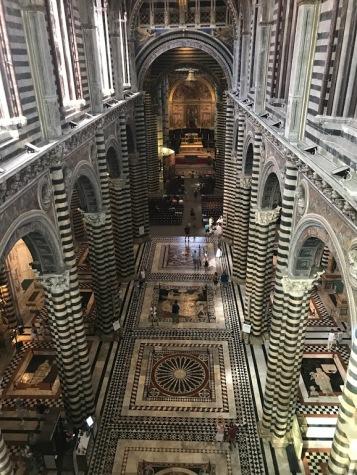 Siena_Italy_Duomo_porto_del_cielo