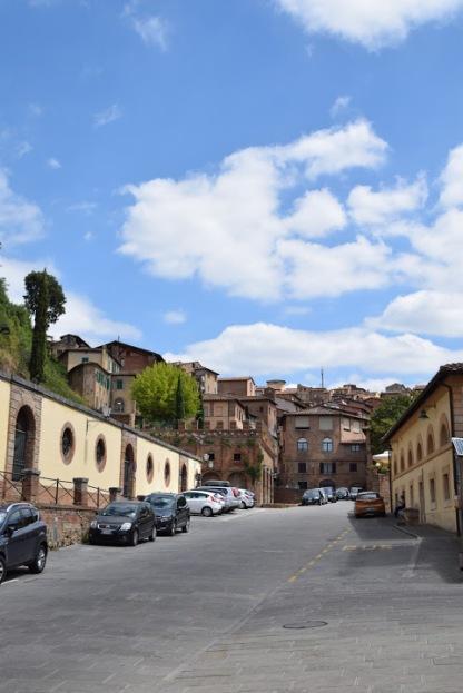 Siena_Italy_hill