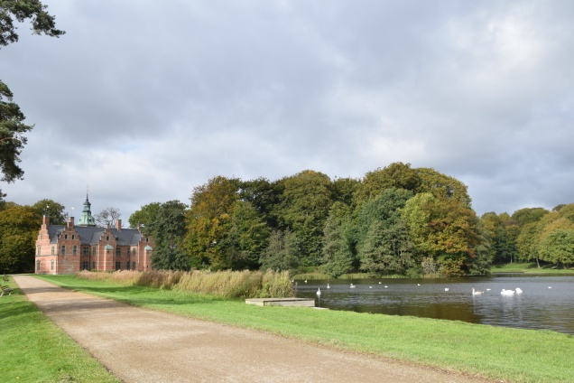 Hillerod_Day_trip_from_copenhagen_denmark_Frederiksborg_castle_bath_house