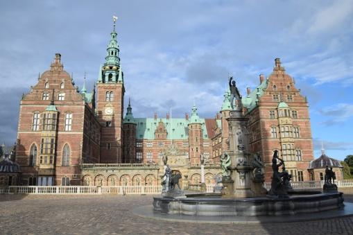 Hillerod_Day_trip_from_copenhagen_denmark_Frederiksborg_castle_front
