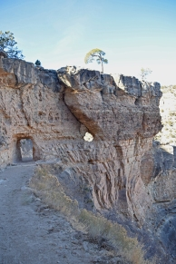 Grand_canyon_bright_angel_trail_hike