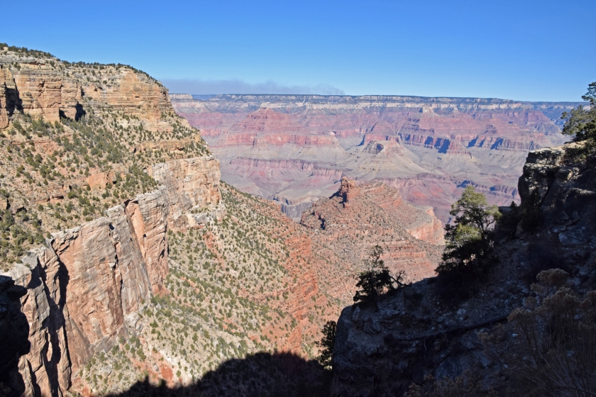 Grand_canyon_bright_angel_trail_hike_view