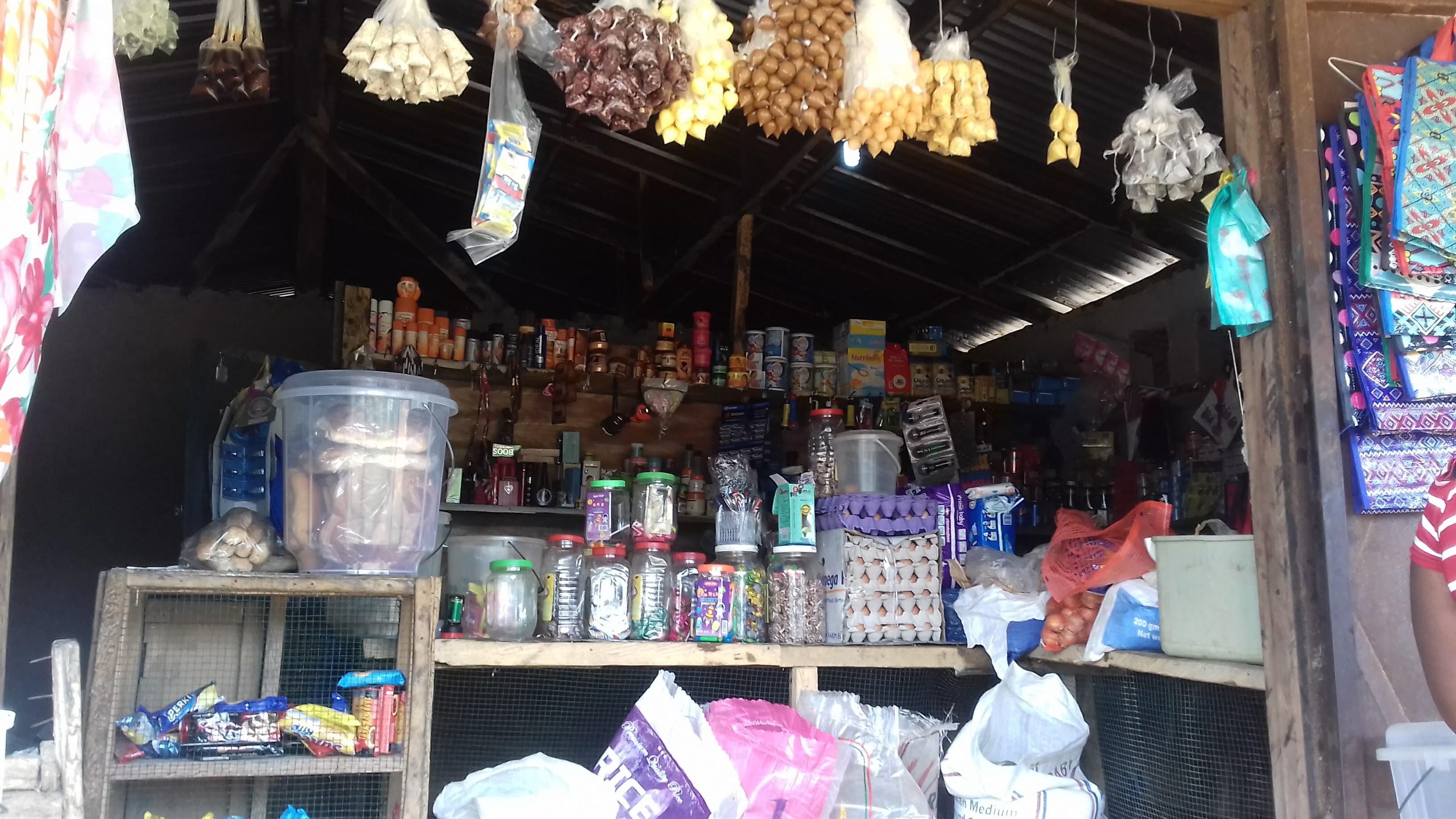 Liberia_shop